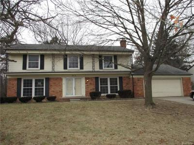 Single Family Home For Sale: 1938 Fox River Dr