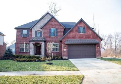 South Lyon Single Family Home For Sale: 231 Singh Blvd