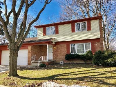 Ann Arbor Single Family Home For Sale: 2825 Lakehurst Ln