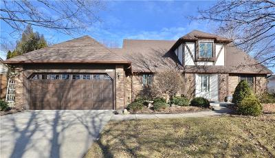 Livonia Single Family Home For Sale: 16574 Houghton Dr