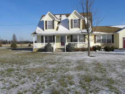 Lenawee County Single Family Home For Sale: 7167 Riga