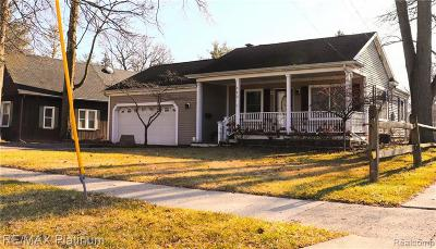 Lenawee County Single Family Home For Sale: 963 Lincoln Ave