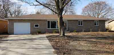 Lenawee County Single Family Home For Sale: 395 Elm St