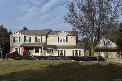 Milford Single Family Home For Sale: 365 E Dawson Rd