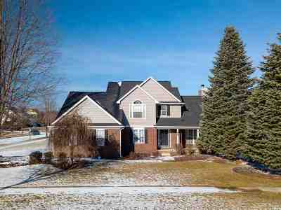 Lenawee County Single Family Home For Sale: 1305 Wind Dancer