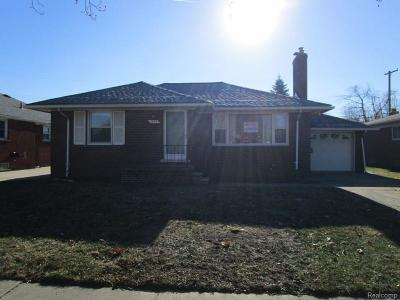 Single Family Home For Sale: 943 Merrill Ave