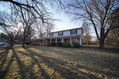 Single Family Home For Sale: 1215 Thornwood Crt