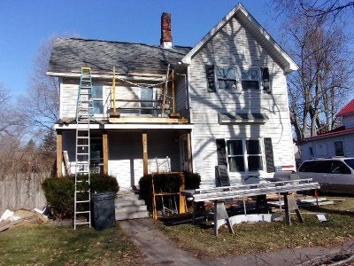 Lenawee County Single Family Home For Sale: 124 School