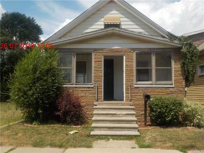 Single Family Home For Sale: 332 Richter St