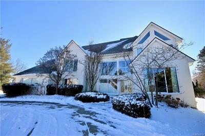West Bloomfield Single Family Home For Sale: 6196 Cromwell Rd