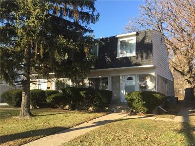 Oak Park Single Family Home For Sale: 15100 W 9 Mile