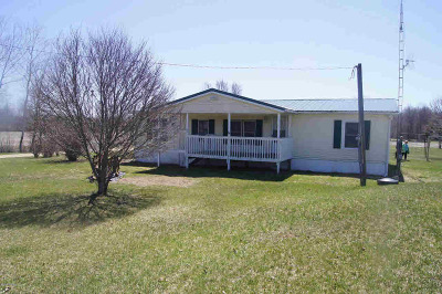 Jonesville MI Single Family Home For Sale: $269,000