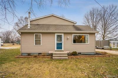 Jackson MI Single Family Home For Sale: $209,900