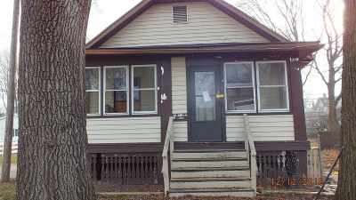 Single Family Home For Sale: 221 Jerome