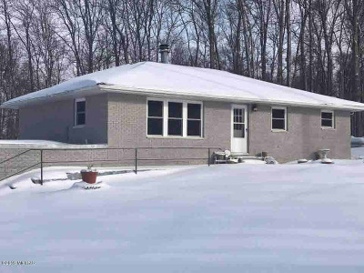 Hillsdale Single Family Home Contingent - Financing: 3760 W Hallett Rd