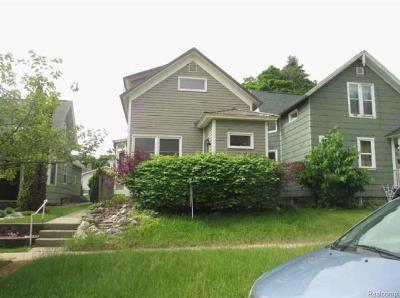 Single Family Home For Sale: 343 4th St