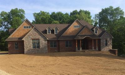 Ann Arbor Single Family Home For Sale: 2 Songbird Spring Ct