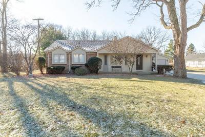 Farmington Hill Single Family Home For Sale: 34435 W 9 Mile Rd