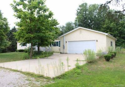 Single Family Home For Sale: 6094 Fort Rd