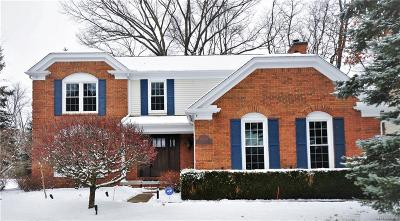West Bloomfield Single Family Home For Sale: 6834 High Ridge Rd