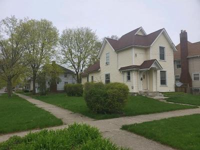 Jackson MI Single Family Home For Sale: $69,900