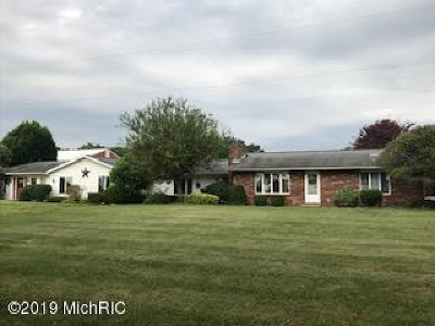 Branch County Single Family Home For Sale: 912 Kelley Rd