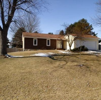 Lenawee County Single Family Home Contingent - Financing: 4172 Mohawk Trail