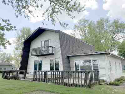 Onsted Single Family Home For Sale: 5540 Rays Dr.