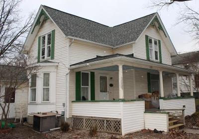 Lenawee County Single Family Home For Sale: 131 E Michigan Ave