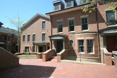 Ann Arbor Condo/Townhouse For Sale: 140 Ashley Mews Dr