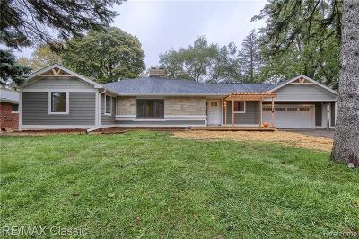 Plymouth Single Family Home For Sale: 590 N Sheldon Rd
