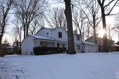 West Bloomfield Single Family Home For Sale: 5571 Normanhurst