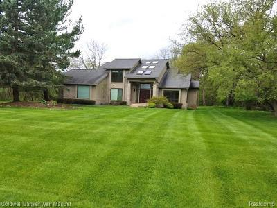 Washtenaw County Single Family Home For Sale: 3629 Tanglewood Dr