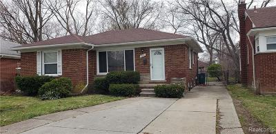 Oak Park Single Family Home For Sale: 13320 Rosemary