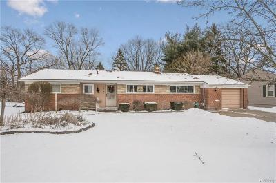 Livonia Single Family Home For Sale: 18346 Westmore St