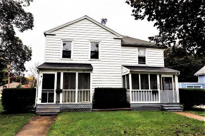 Lenawee County Multi Family Home For Sale: 301 E Pottawatamie St