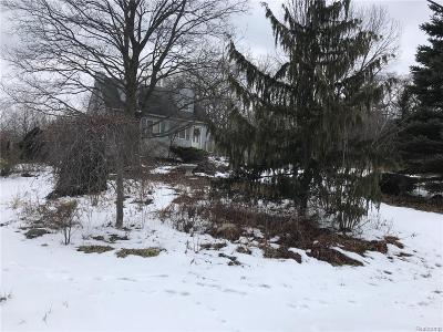 Farmington Hill Single Family Home For Sale: 28391 Rollcrest Rd