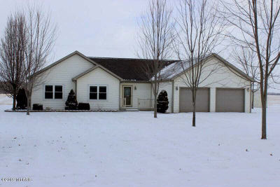 Single Family Home For Sale: 12800 Goose Lake Rd