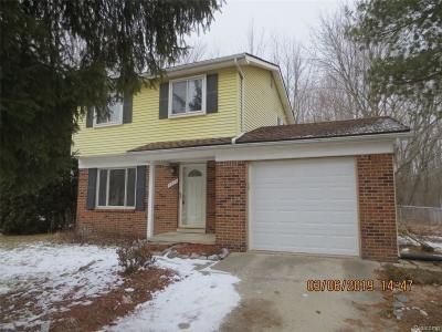 Single Family Home For Sale: 5829 S Mohawk Ave