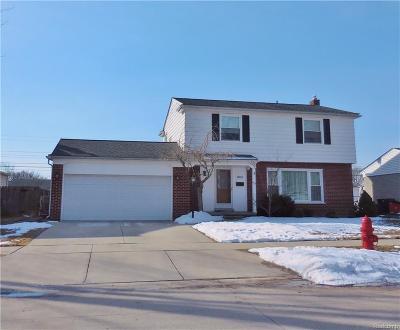 Livonia Single Family Home For Sale: 29829 Linda St