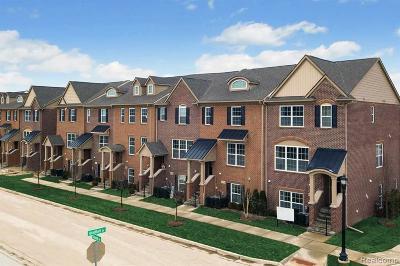 Northville Condo/Townhouse For Sale: 47761 Hillcrest Dr