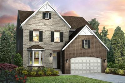 Northville Single Family Home For Sale: 47924 Fieldstone Dr