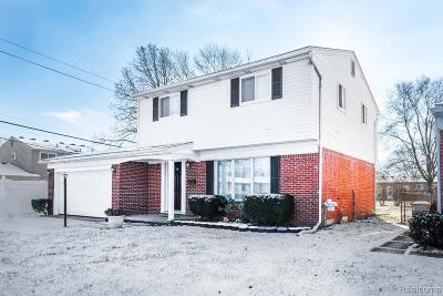Livonia Single Family Home For Sale: 32421 Hees St