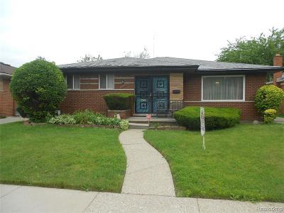 Oak Park Single Family Home For Sale: 15340 Rosemary