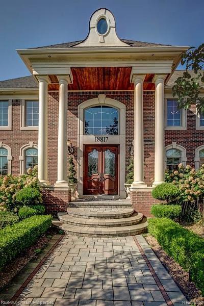 Northville Single Family Home For Sale: 18817 Grande Vista Dr