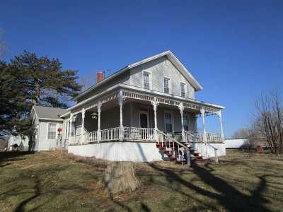Lenawee County Single Family Home For Sale: 4210 Hawkins
