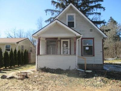 Lansing Single Family Home For Sale: 2936 Pleasant Grove Rd