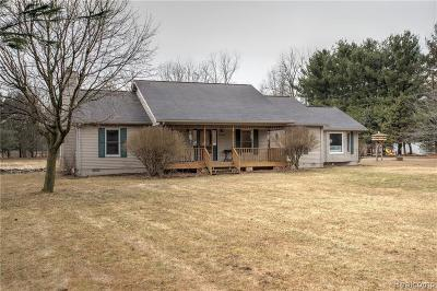 Belleville Single Family Home For Sale: 20300 Sumpter Rd
