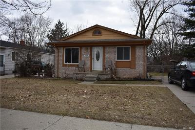 Oak Park Single Family Home For Sale: 24080 Norwood St