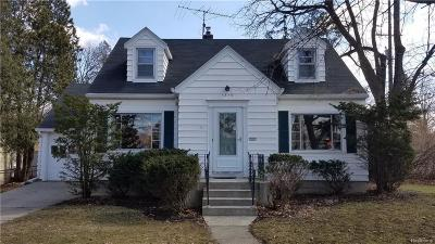 Lansing Single Family Home For Sale: 1819 Clifton Ave
